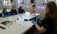 Oficina ensina boas práticas no Laboratório de Química