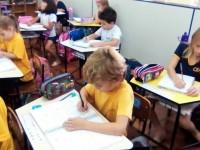 """A alegria do """"Primeiro Caderno"""" dos alunos do 1º ano - fundamental"""